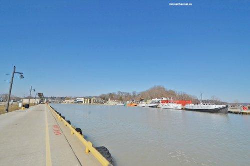 Port Stanley - Spring